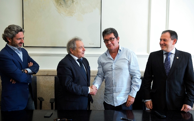 Firma convenio con Ayuntamiento de Algemesí. FOTO: DIVAL