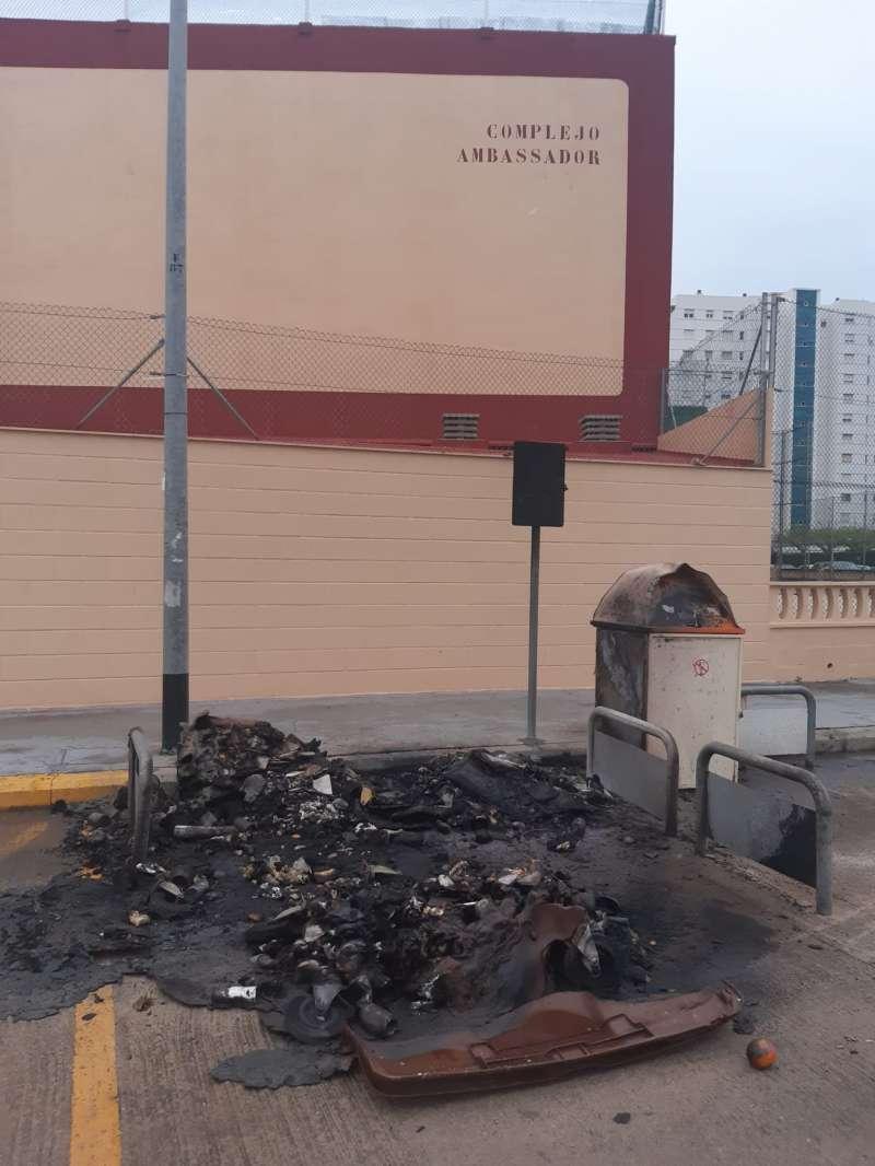 Últimos contenedores quemados