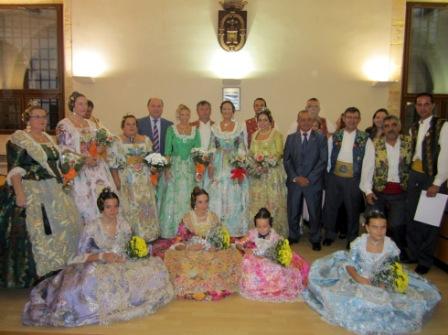 Las Falleras Mayores de Llíria y su corte de honor. FOTO: EPDA