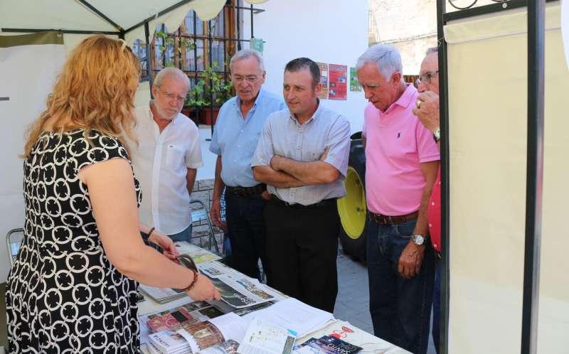 Promocionando el camino del Santo Grial en Barracas