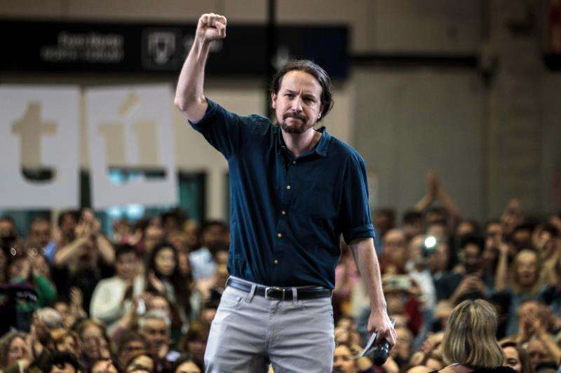 El secretario general de Podemos, Pablo Iglesias, en un mitin en València. EFE