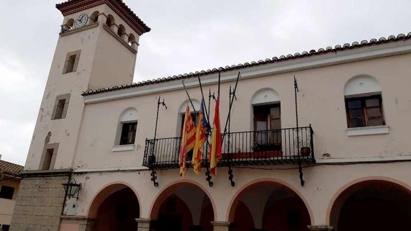 Banderas a media asta en Jérica