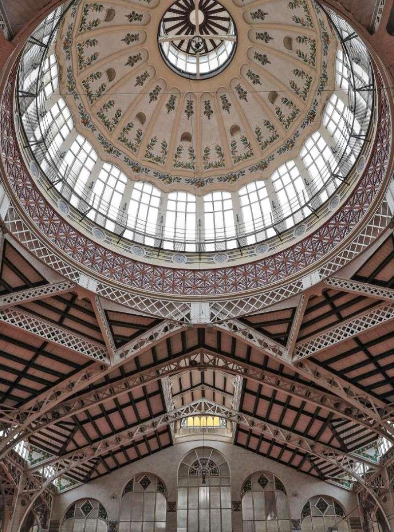 Detalle de la cúpula del Mercado Central de València. EFE/Archivo
