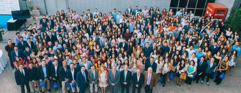 Imagen de los nuevos colegiados del colegio de Médicos de Valencia