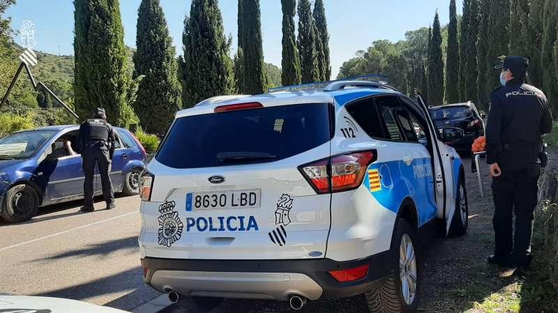 La Policía de la Generalitat informa de las medidas Covid