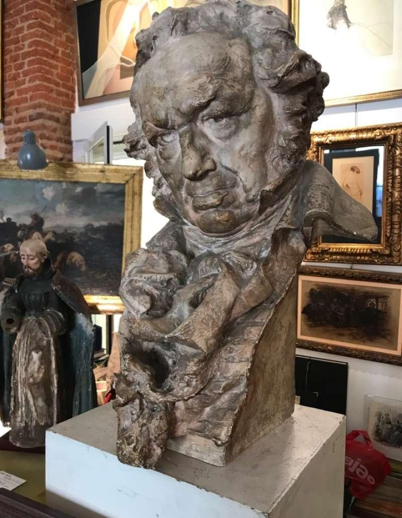 Escultura atribuida a Mariano Benlliure. EPDA