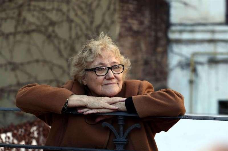 La escritora alcoyana Isabel-Clara Simó. EFE/Toni Albir