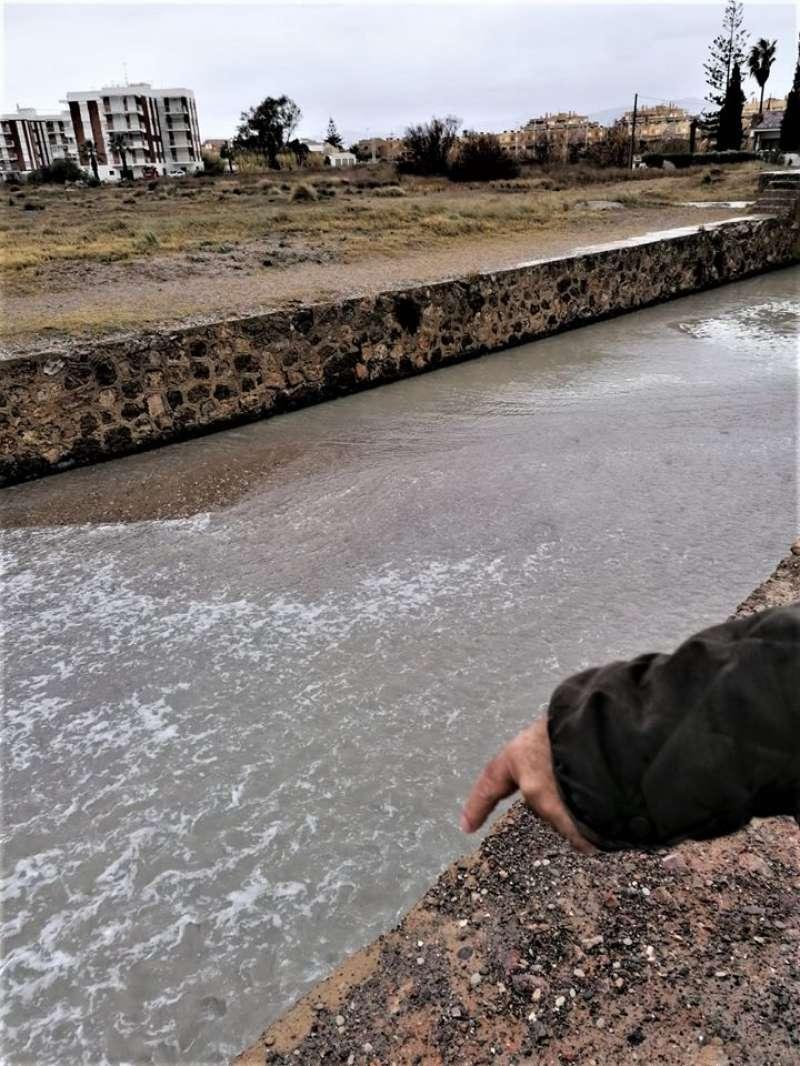 El mar entrando en la gola de Quartell. EPDA
