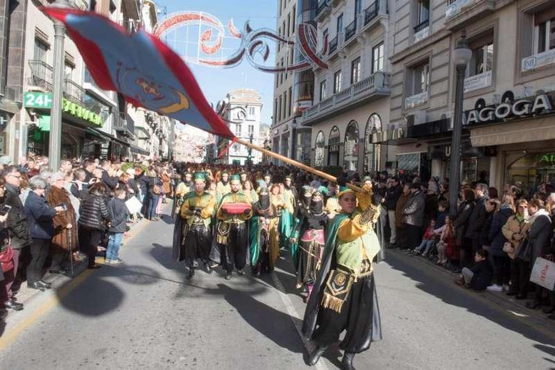 Desfile de Moros y Cristianos. EFE/Archivo