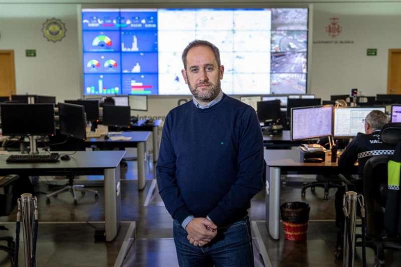 El concejal de Protección Ciudadana de València, Aarón Cano, durante una entrevista con la Agencia. - EFE. EF