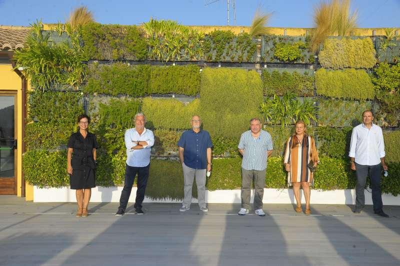 Miembros de la comisión delegada de la Fundación Bancaja en Sagunto.