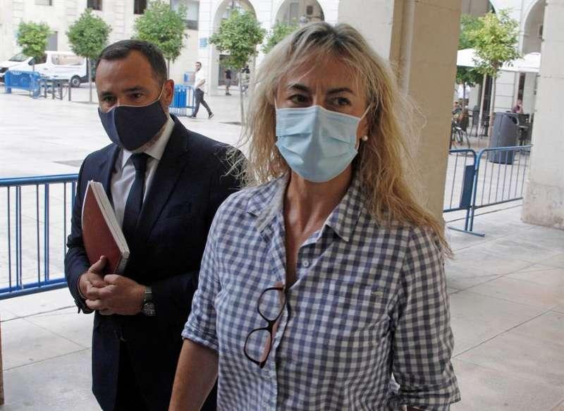 La ex alcaldesa de Alicante Sonia Castedo en una imagen de archivo a su llegada a la Audiencia Provincial para el juicio por el presunto amaño del PGOU (Plan General de Urbanismo) de Alicante entre 2008 y 2010, denominado