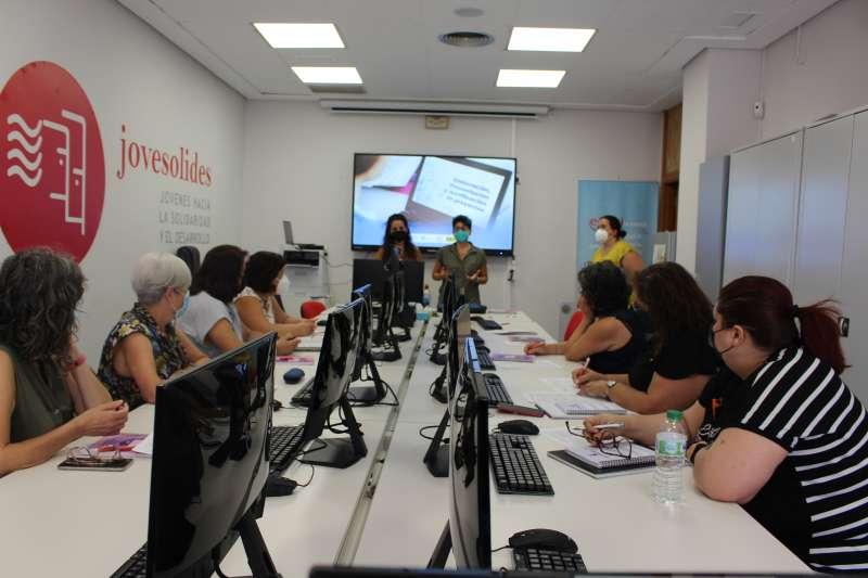 La concejala Isabel Segura en la inauguración del curso esta mañana
