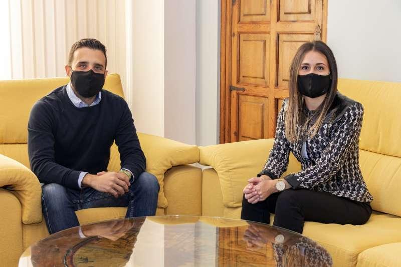 El alcalde de Sagunt, Darío Moreno y la alcaldesa de La Vall d