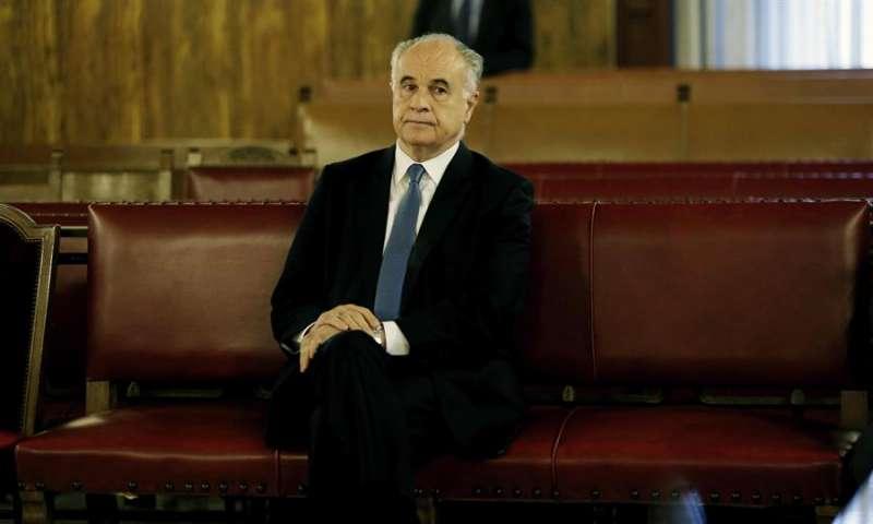 Rafael Blasco, en el banquillo. EFE