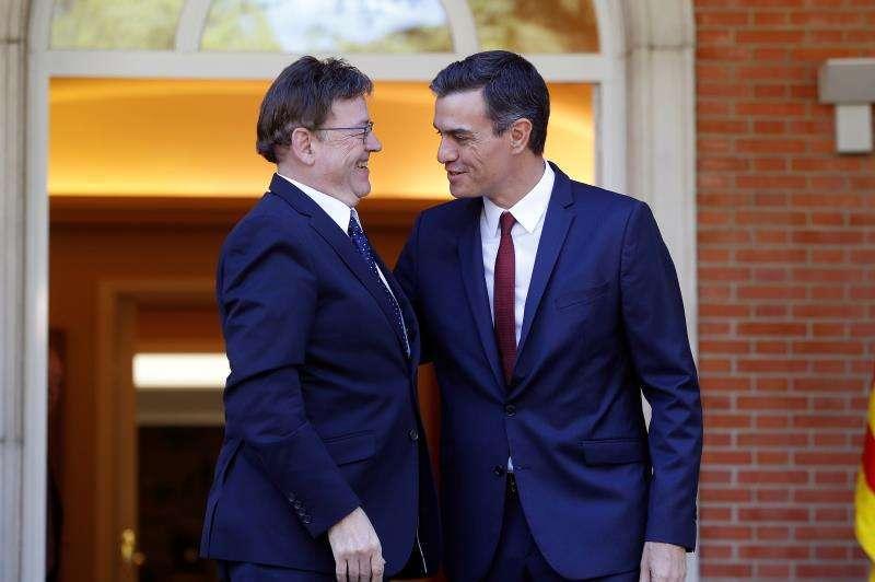 El president de la Generalitat Valenciana Ximo Puig con el presidente del Gobierno, Pedro Sánchez. EFE