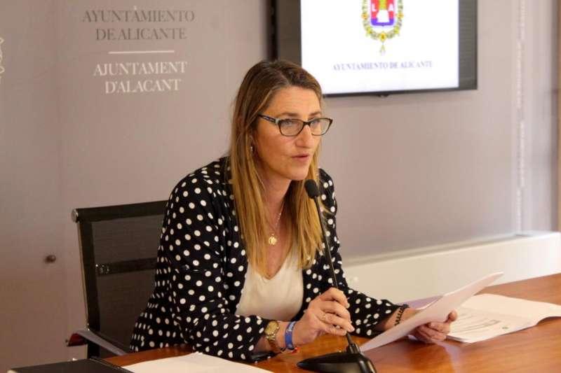 La portavoz popular Mari Carmen de España. EPDA