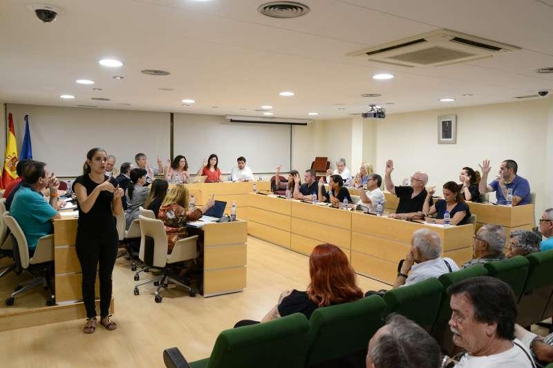 El pleno aprueba por unanimidad la moción sobre la bonificación de las tasas a todas las obras accesibles -epda