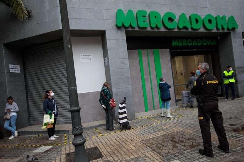 Un supermercado de Mercadona, en estos días de estado de alarma. EFE/ Biel Aliño