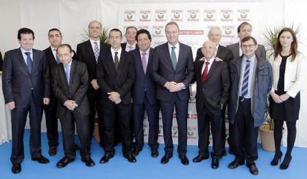El president Fabra visita la empresa Productos Florida en Almazora. Foto EPDA