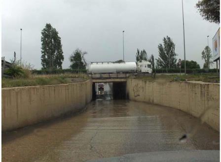 El ?Pont de Pedra? es un túnel históricamente problemático por su estado de conservación que comparten ambas poblaciones. Foto: EPDA.