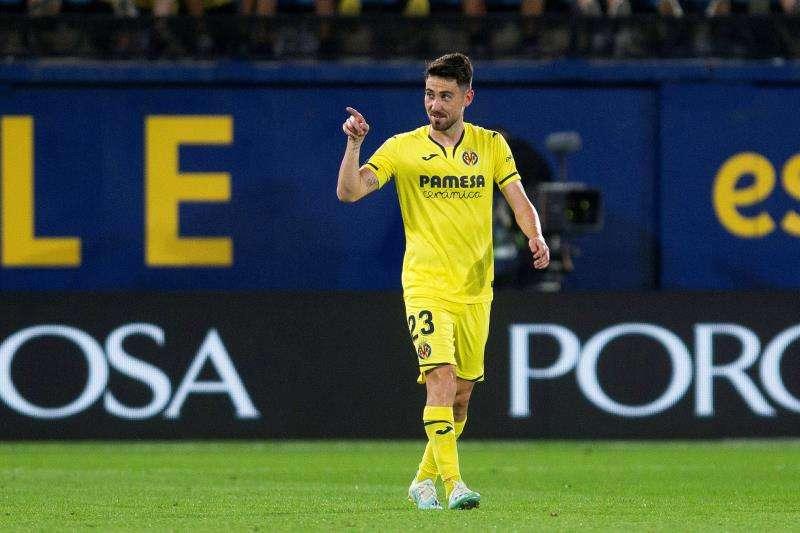 El centrocampista del Villarreal, Moi Gomez, celebra su gol ante el Granada. EFE/Archivo