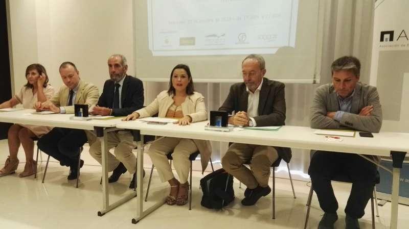 Miembros de la Junta Directiva de ASECAM durante el acto. EPDA