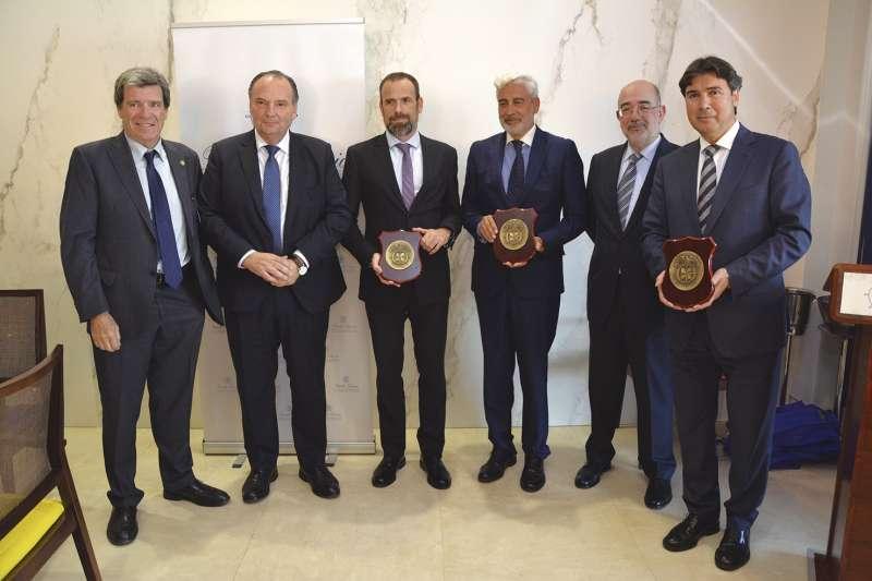 De izquierda a derecha, Aurelio Martínez, José Vicente Morata, Carlos Castán, Juan Diego Pedrero, Pedro Coca y Jaime González.
