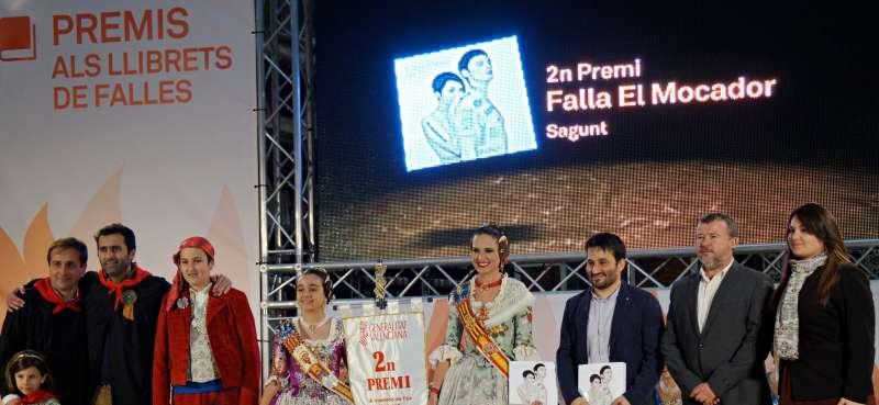 Lliurament del segon premi de llibrets de la Generalitat a la Penya el Mocador de Sagunt // Lluis Maria Mesa i Reig
