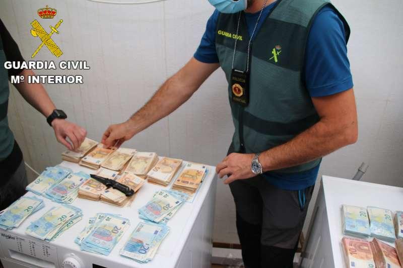 Incautación de dinero en la operación