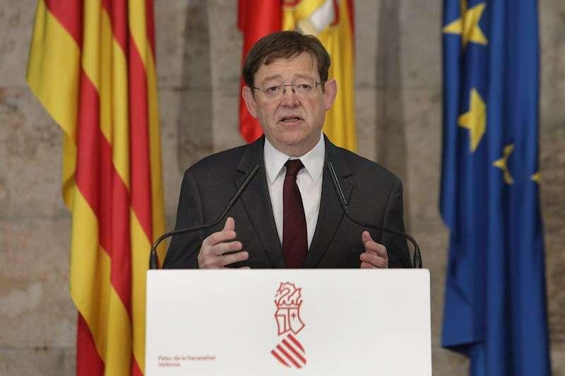 Fotografía facilita por la Generalitat, del president Ximo Puig durante una rueda de prensa que ha ofrecido en el Palau. EFE