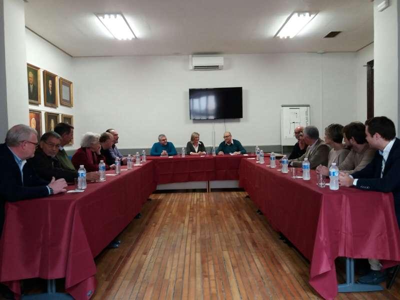Reunión de la diputada provincial de Cs con empresarios en Gandía.