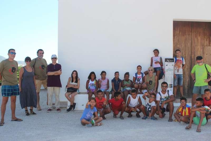 Visita xiquets saharauis a Simat de la Valldigna.