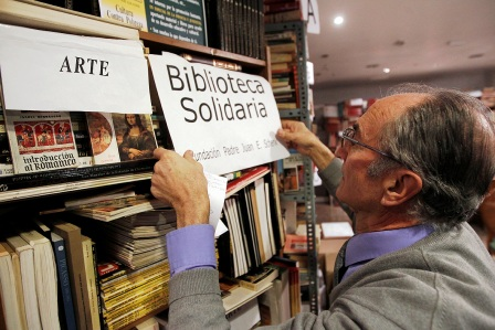 La Biblioteca Solidaria de Valencia se queda sin sede. Foto EPDA