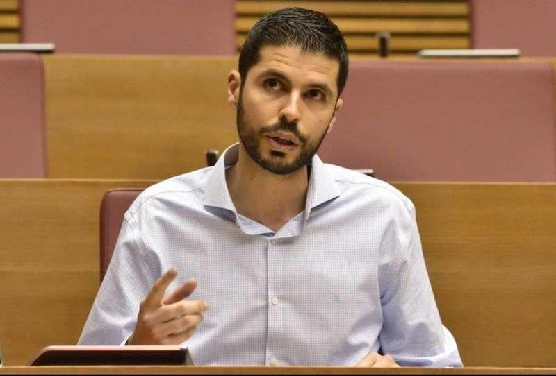 El portavoz de Agricultura del Grupo Socialista en Les Corts, David Calvo. EFE