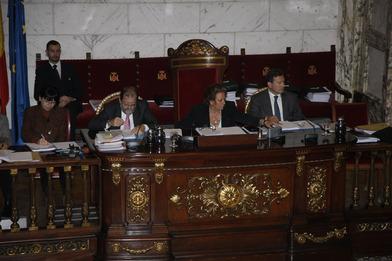 La alcaldesa de Valencia durante el pleno de presupuestos. EPDA