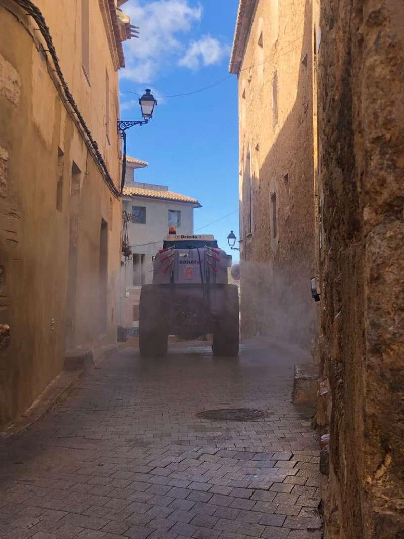 Fumigación en las calles de Segorbe. Foto: MC. Calpe