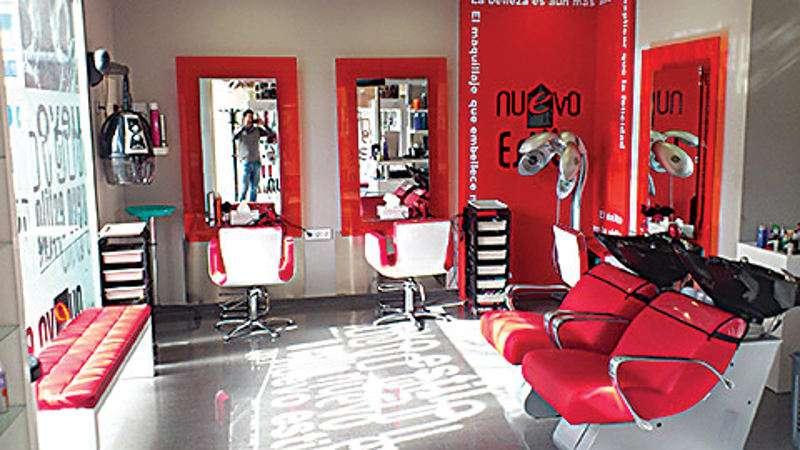 Alberto beda lleva 12 a os al frente de la peluquer a - Nuevo estilo peluqueria ...