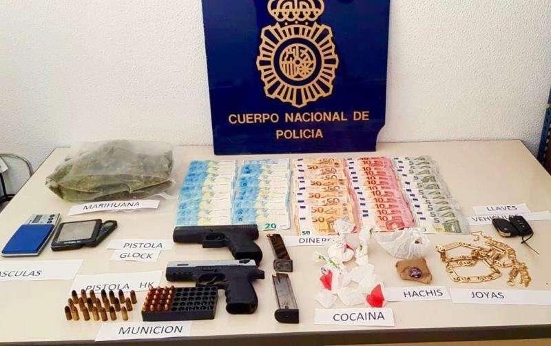 Imagen facilitada por la Policía Nacional de esta operación policial.