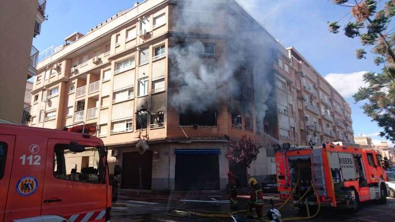 Incendio en una finca de Albal. EPDA