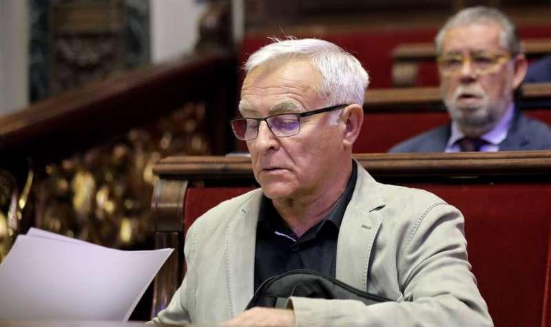 El alcalde de València, Joan Ribó, en un pleno. EFE/ Ana Escobar/Archivo