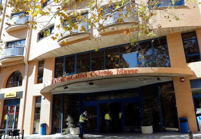 Entrada al Colegio Mayor Galileo Galilei, en València, en una imagen reciente. EFE