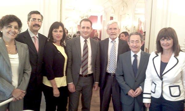 Los máximos dirigentes socialistas junto a Lerma y Ángel. FOTO SOCIALISTESVALENCIANS.ORG