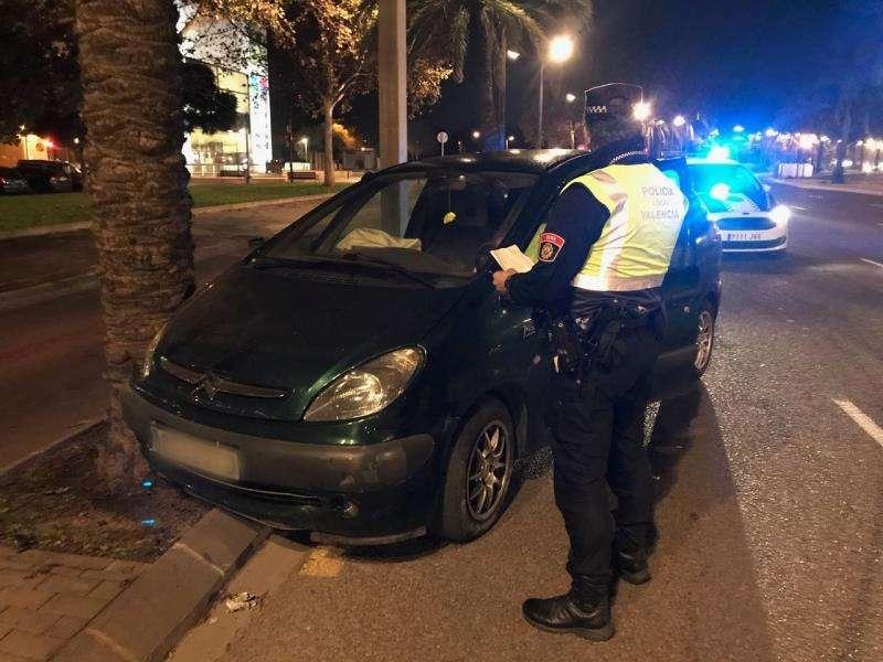 El coche infractor, en una imagen compartida en redes por la Policía Local.