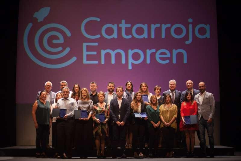 Guanyadors dels premis amb Jesús Monzó i Lorena Silvent.