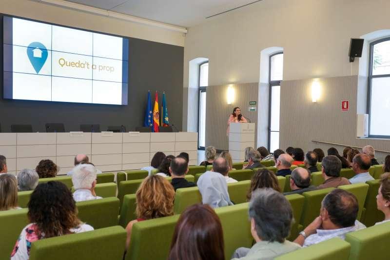 Oltra ha asistido a la firma del documento de formalización del concierto social con 40 entidades del sector. GVA