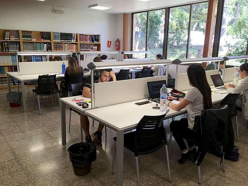 La biblioteca municipal de l eliana ampl a su horario a - Biblioteca l eliana ...