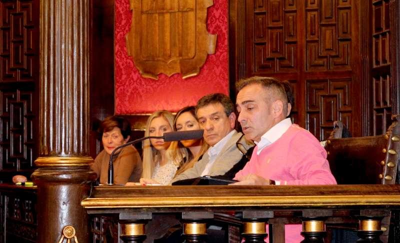 El GRupo Popular se ausentó de la sesión en solidaridad con una de sus concejalas