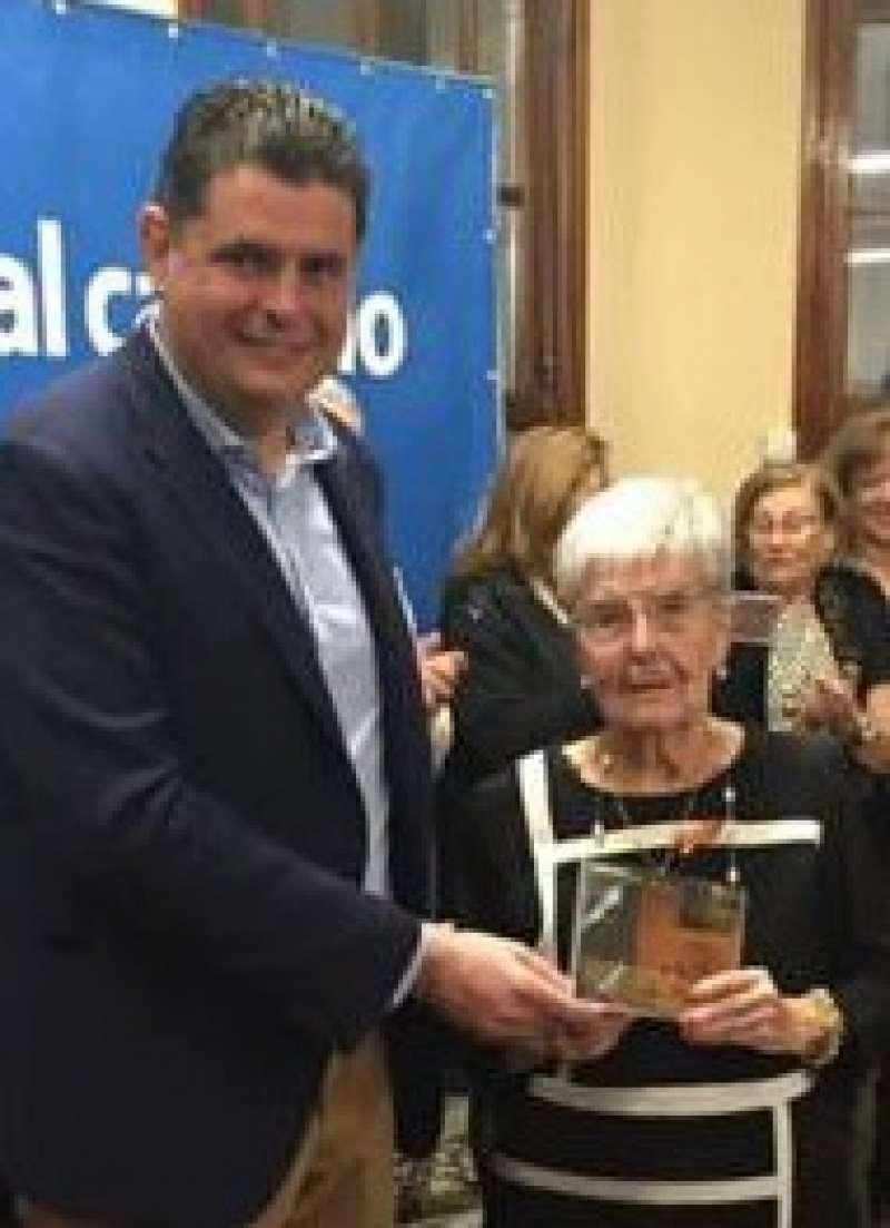 María Esteve en el 40ª aniversario de la Constitución Española. / J.L.HORNOS.