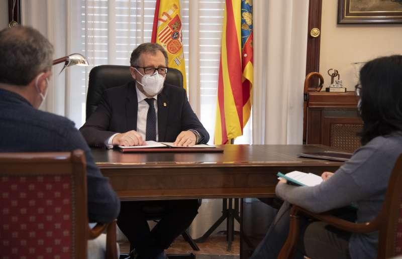 Martí apela al diálogo